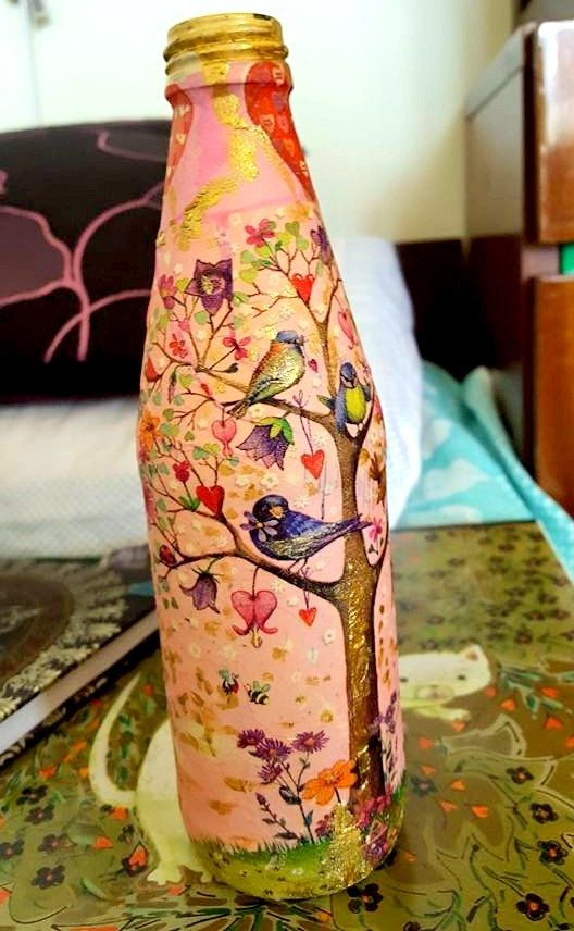 Check out this item in my Etsy shop https://www.etsy.com/it/listing/489037017/decoupage-bottle-flower-vase-tree-of