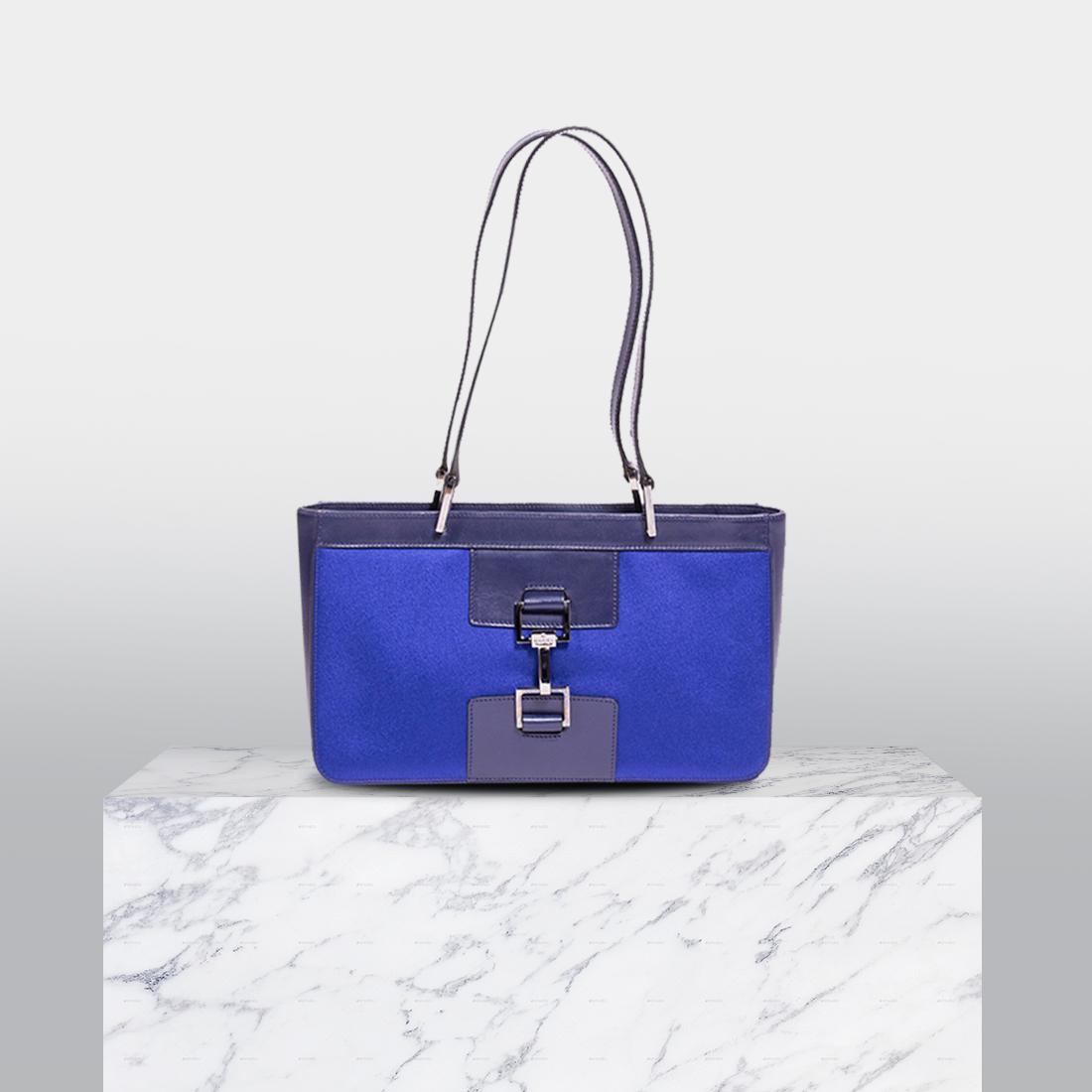 552ee2eeb1d3 Shop authentic Prada Saffiano Lux Tote Cargo at revogue for just USD  1,600.00 | Handbags by Re-Vogue | Prada saffiano, Prada, Bags