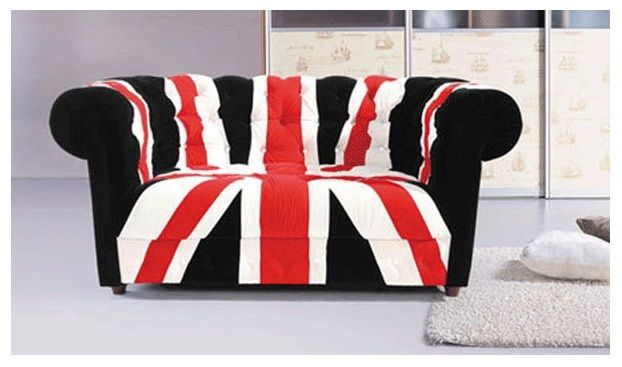 Beautifully designed with high grade fabric this two seater England flag sofabed will provide outstanding comfort. Watch football Match  on this Union Jack bed.