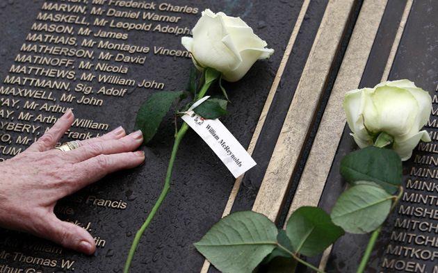Familiares de víctimas del Titanic recuerdan el 101 aniversario del hundimiento - Cachicha.com