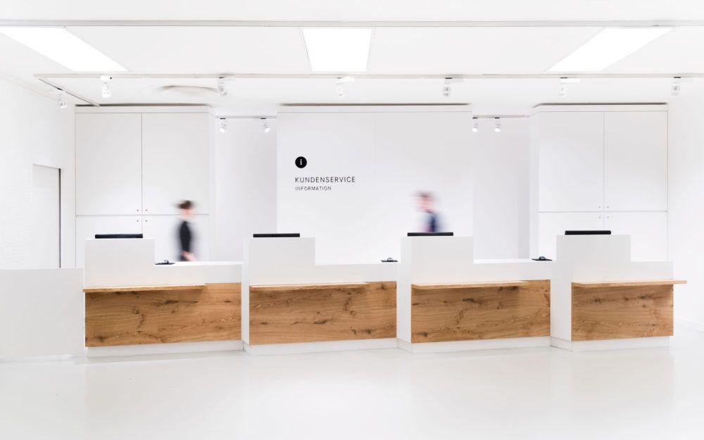 Breuninger Kundenservice Bank Innenarchitektur Architekt Produktdesign