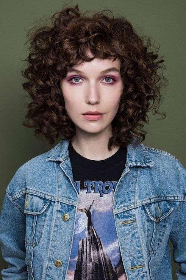 pelo rizado con flequillo fotos de los cortes de pelo melena natural rizado con