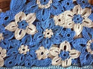 DE MIS MANOS TEJIDOS Y MAS...: Vestido con flores, crochet y tela