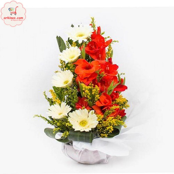 Bangladeshi Online Gift Shop Flowers Are Known As The Universalgift For Any Occasion Bouquet Freshflowers Perfect Option To Impress Someone Or To M