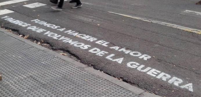 Versos en Pasos Peatonales » Madrid Plural
