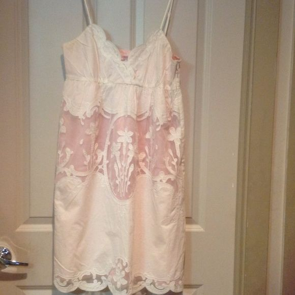 BETSEY JOHNSON SUNDRESS...SIZE 10 BETSEY JOHNSON SUNDRESS SIZE 10....WORN ONCE...GREAT DRESS WITH HANDMADE DETAILS. GREAT QUALITY AND A GREAT PRICE EQUALS VALUE...COLOR (peach and white) Betsey Johnson Dresses Backless