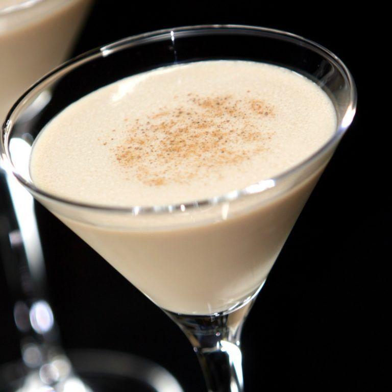 Frozen Brandy Alexander | A Well-Seasoned Kitchen