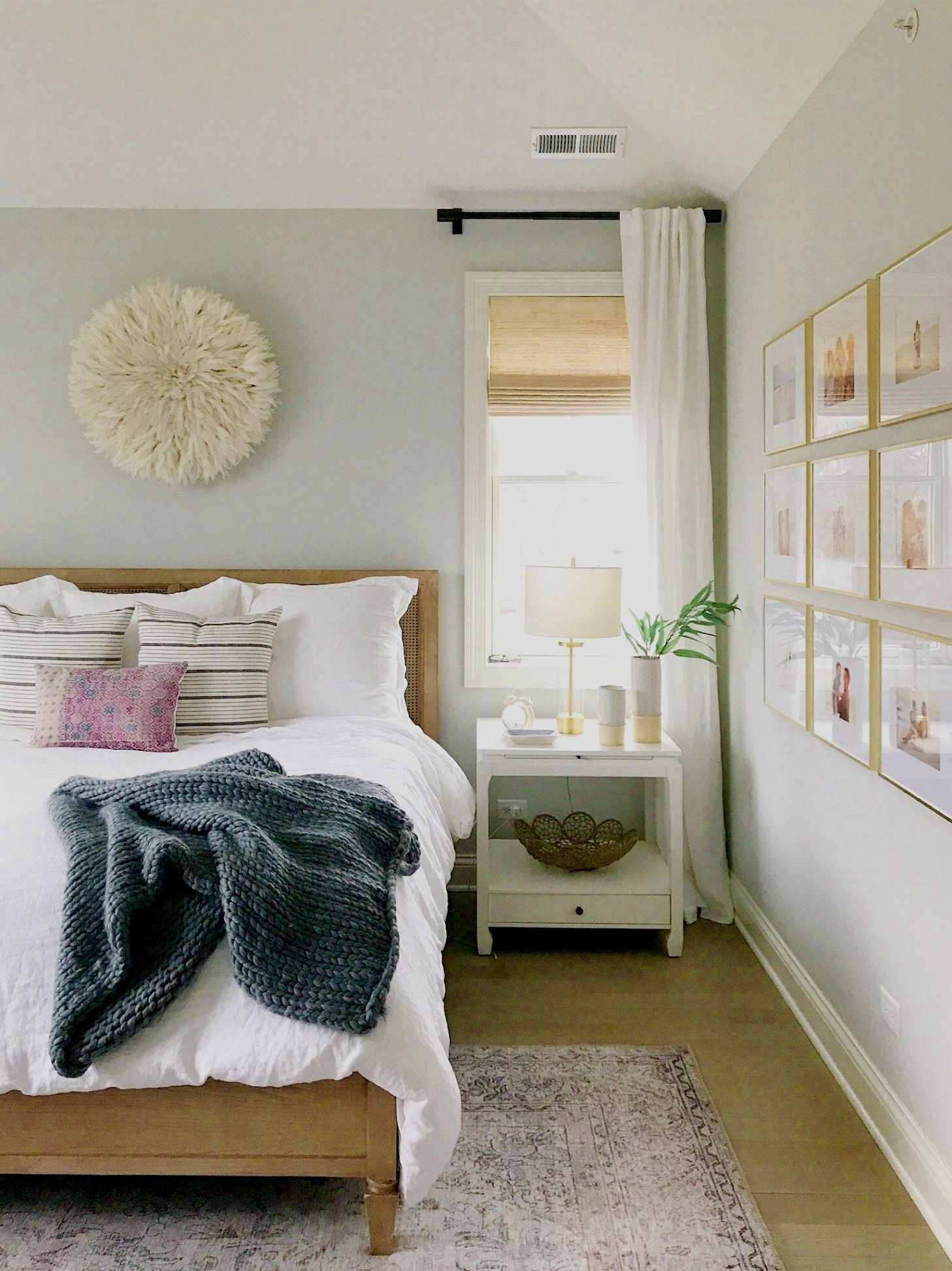 Bedroom Decor Hacks The Quantity Of Light In The Room Or Area Plays A Huge Role In Most Interior Desi Remodel Bedroom Beautiful Bedrooms Small Bedroom Remodel