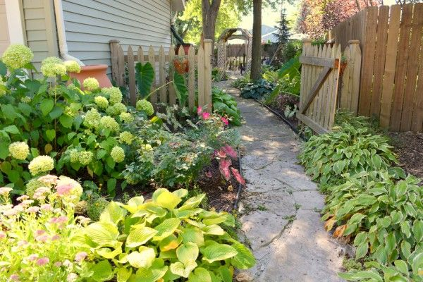 Landscaping Ideas For Shady Side Of House : Shady side yard garden gardens small yards and landscaping front