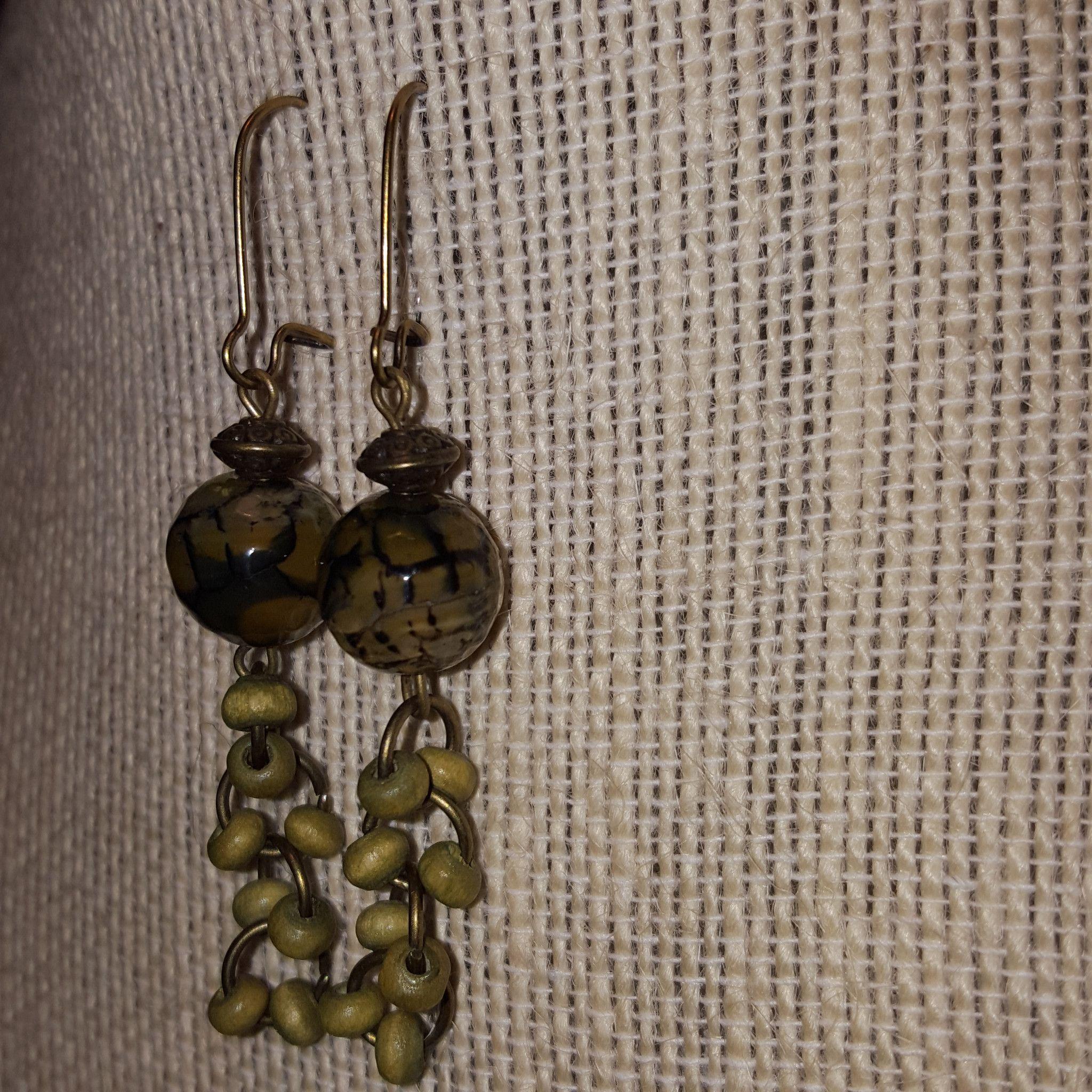 Green agate and wood bead earrings