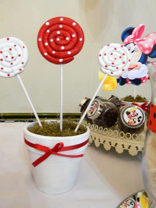Cumpleaños de Oriana y David. Mesa de dulces de Minnie y Mickey.