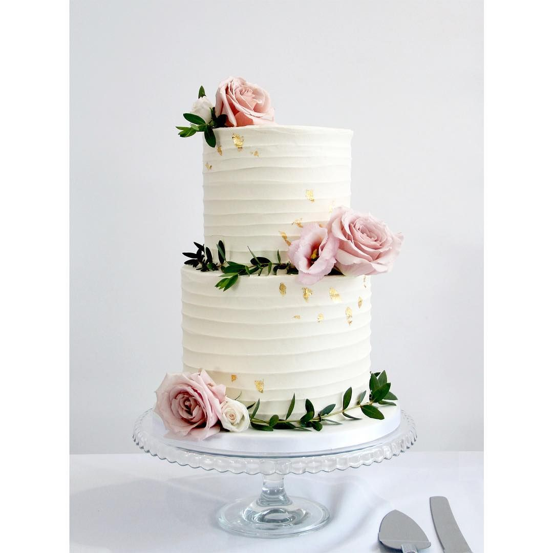 1 589 Followers 531 Following 426 Posts See Instagram Photos And Videos From Love Rosie Ca Simple Wedding Cake Tiered Wedding Cake Buttercream Wedding Cake