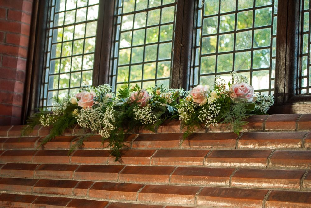 Church window arrangement of roses and gypsophila fpc biloxi church window arrangement of roses and gypsophila junglespirit Image collections