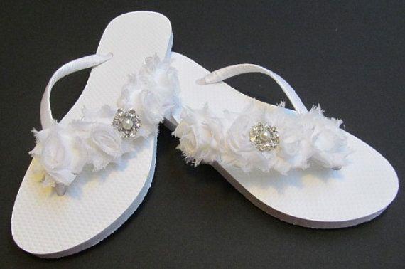 2d406988d1c4b9 bridal flip flops wedding flip flops por glamtouchboutique en etsy fashion  styles 37ce9 7c136