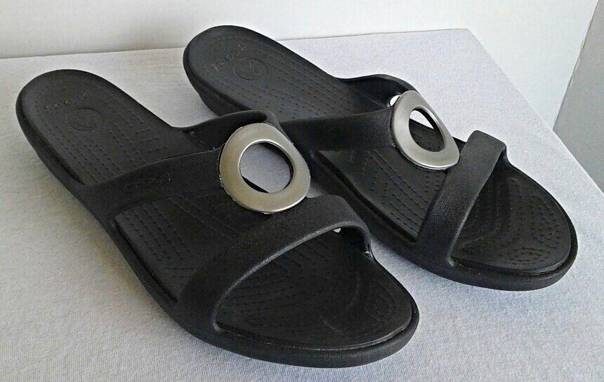 Crocs Sanrah Slip On Sandals Womens Size 10 Black Silver Circle Ergonomic Casual Sandals Flip Flops Womens Flip Flops Crocs Sanrah