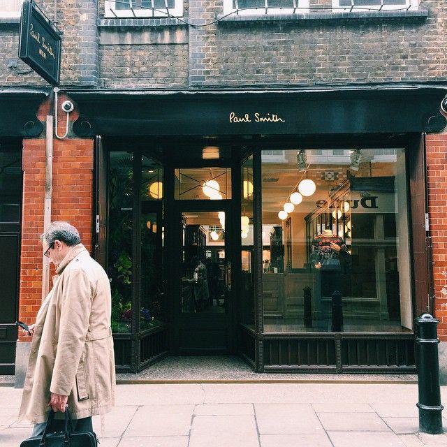 "Man Cave Barber London : ""킹스맨 양복점은 찾기 힘들어서 where is the kingsman tailor shop 영국"