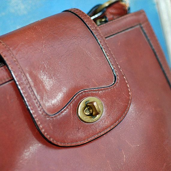 Fossil Forever... vintage leather Handbag ... Nov by CoolVintage