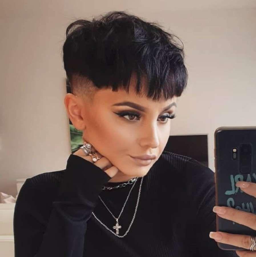 Nikola Sýkorová Short Hairstyles - 12 in 12  Super short hair