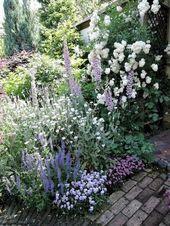 90 Beautiful Small Cottage Garden Ideas for Backyard Inspiration