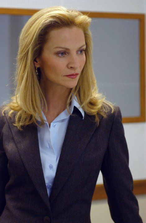 Joan Allen bourne supremacy