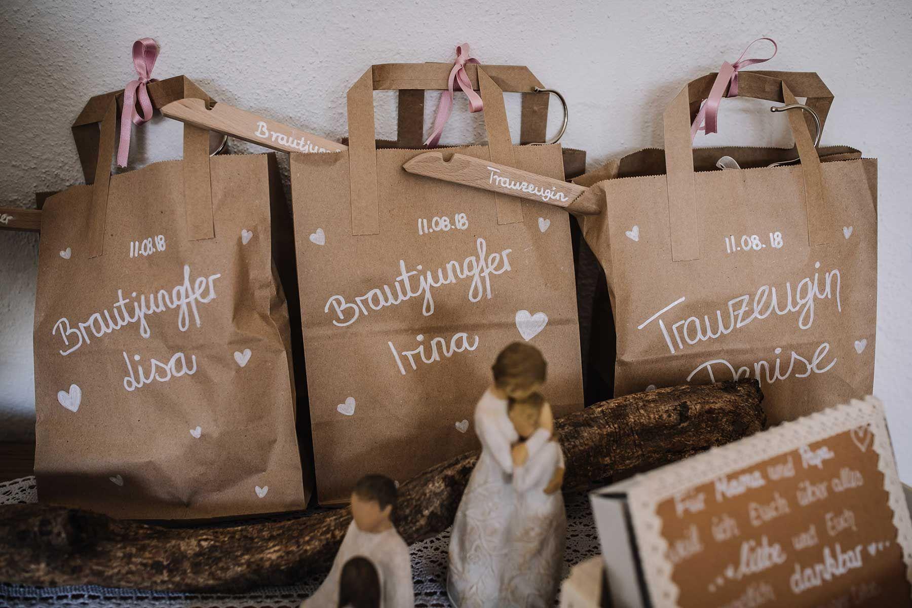 Geschenktute Fur Die Trauzeugin Brautjungfern Oder Den Eltern Zur Hochzeit Trauzeugin Geschenk Brautjungfern Trauzeugin