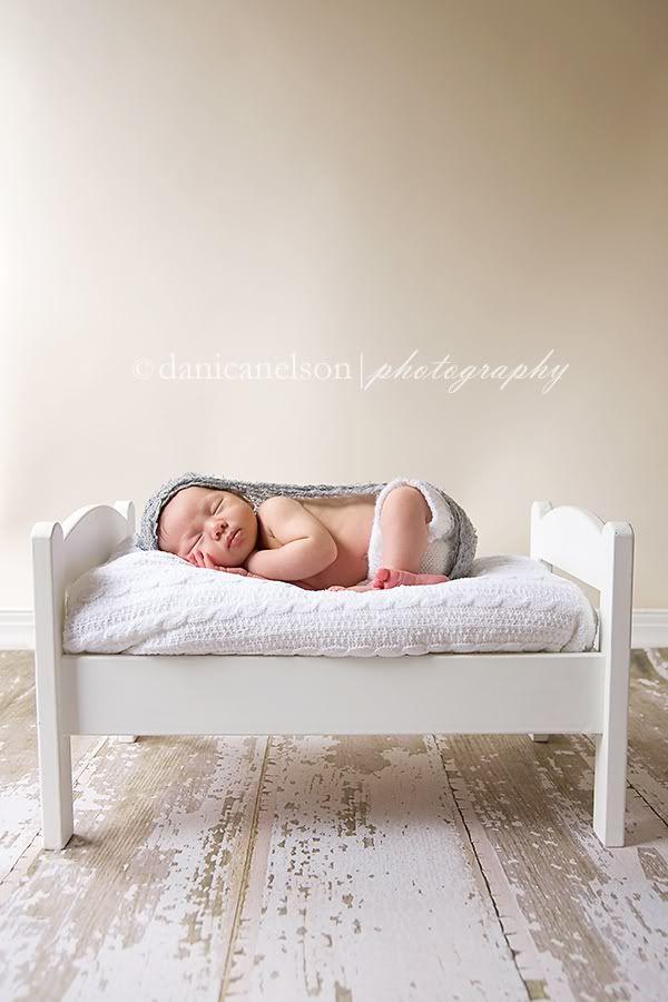 Babyfoto op Ikea poppenbedje