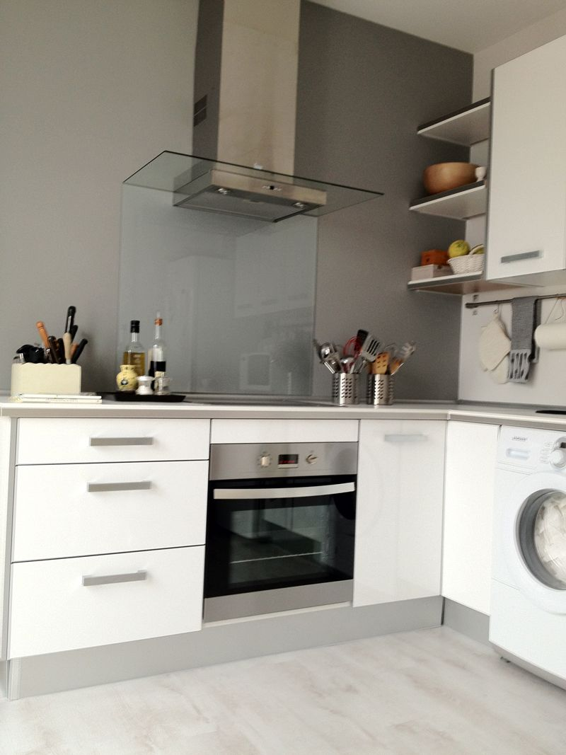 Una cocina pintada con nuestro gris rat n - Pizarra para cocina ...