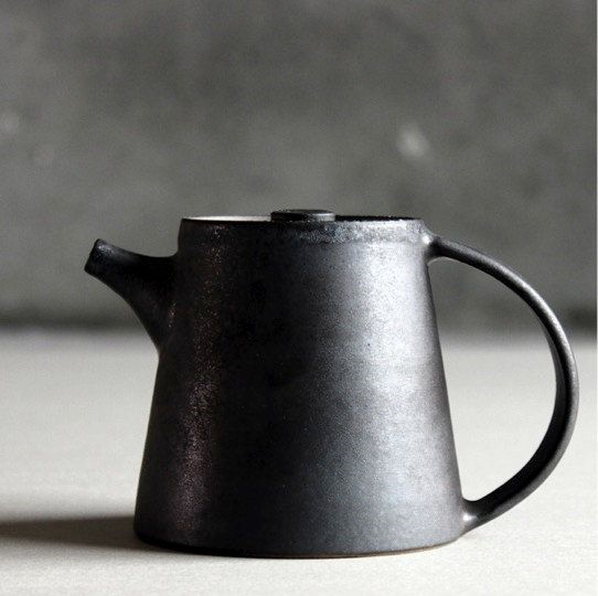 Handmade Gaiwan porcelain teapot