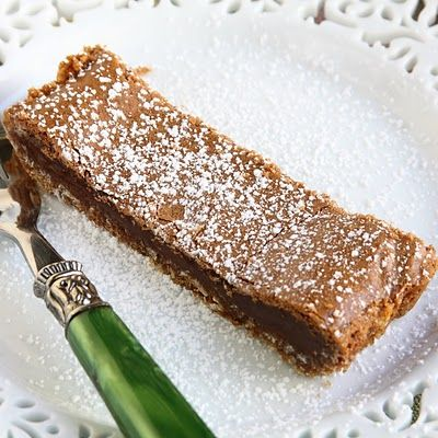 Apparently Feb 5th is World Nutella Day - I could make this to celebrate that.  Nutella Crack Pie, oh yes.