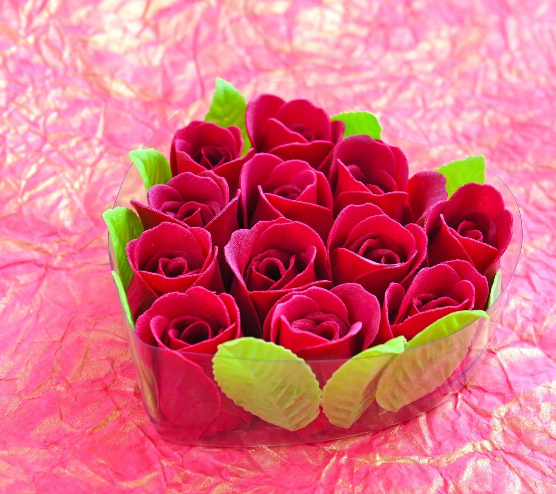 ورد ملون جميل Imagx Beautiful Red Roses Bunch Of Red Roses Red Roses Wallpaper