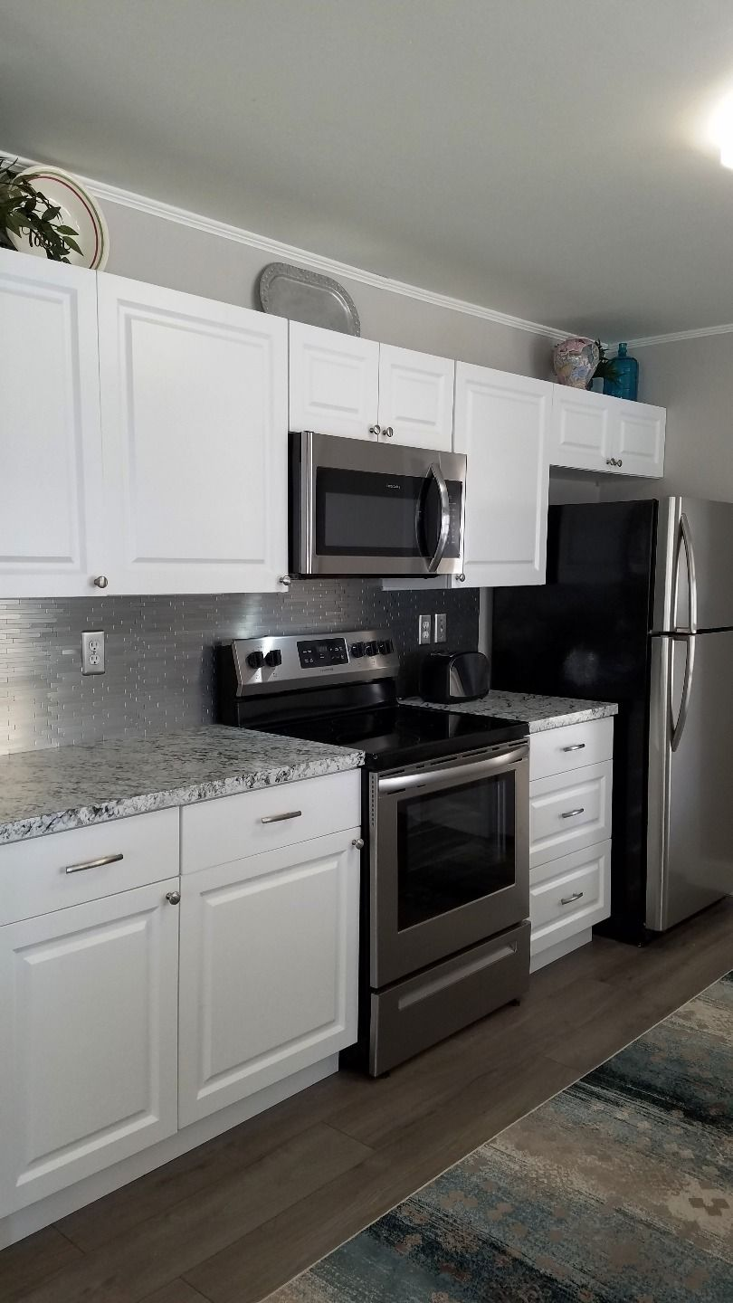 Newly Remodeled Kitchen 1982 Ramada Mobile / Manufactured