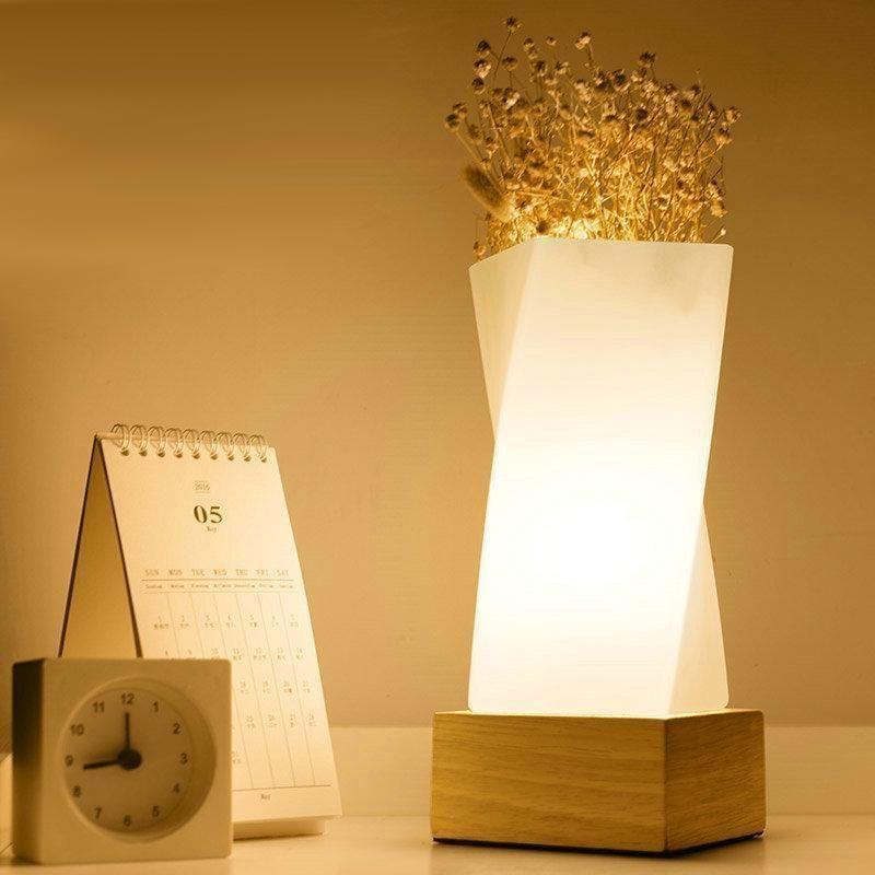 Lull Lampe De Bureau Moderne Twist In 2020 Glass Pendant Light Desk Lamp Lamp