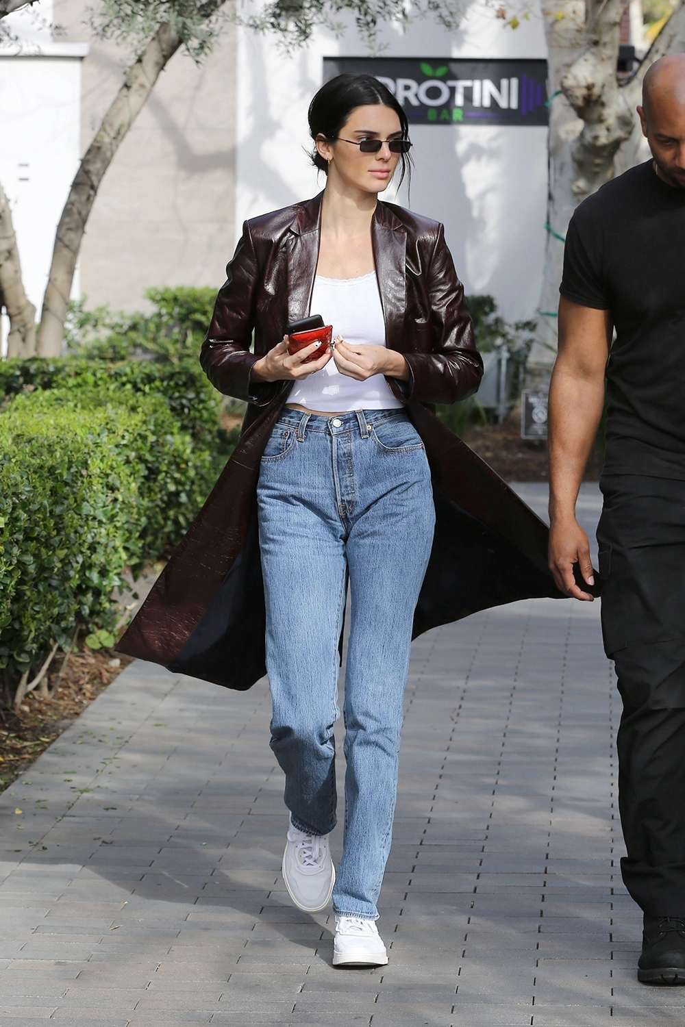 Leather Jacket Trend Pics Kendall Jenner Outfits Kendall Jenner Street Style Kendall Style [ 1500 x 1000 Pixel ]
