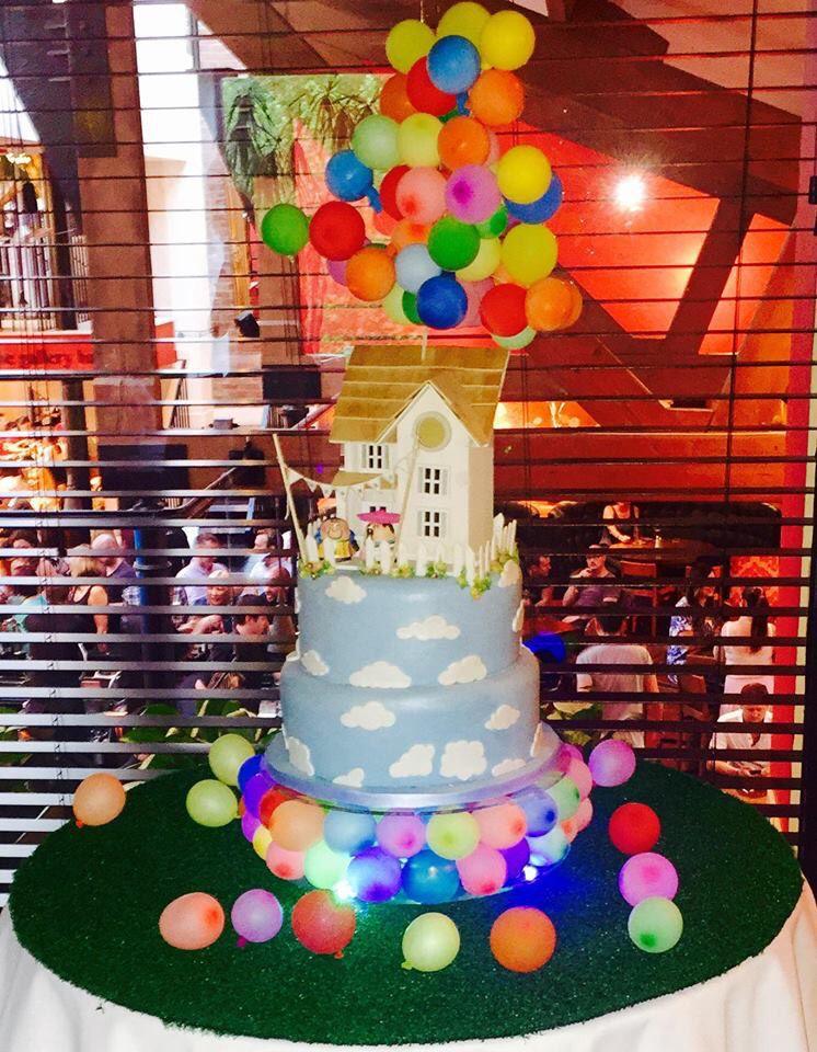 Up Themed Wedding Cake Disney Pixar Balloons Cake Disneys Up