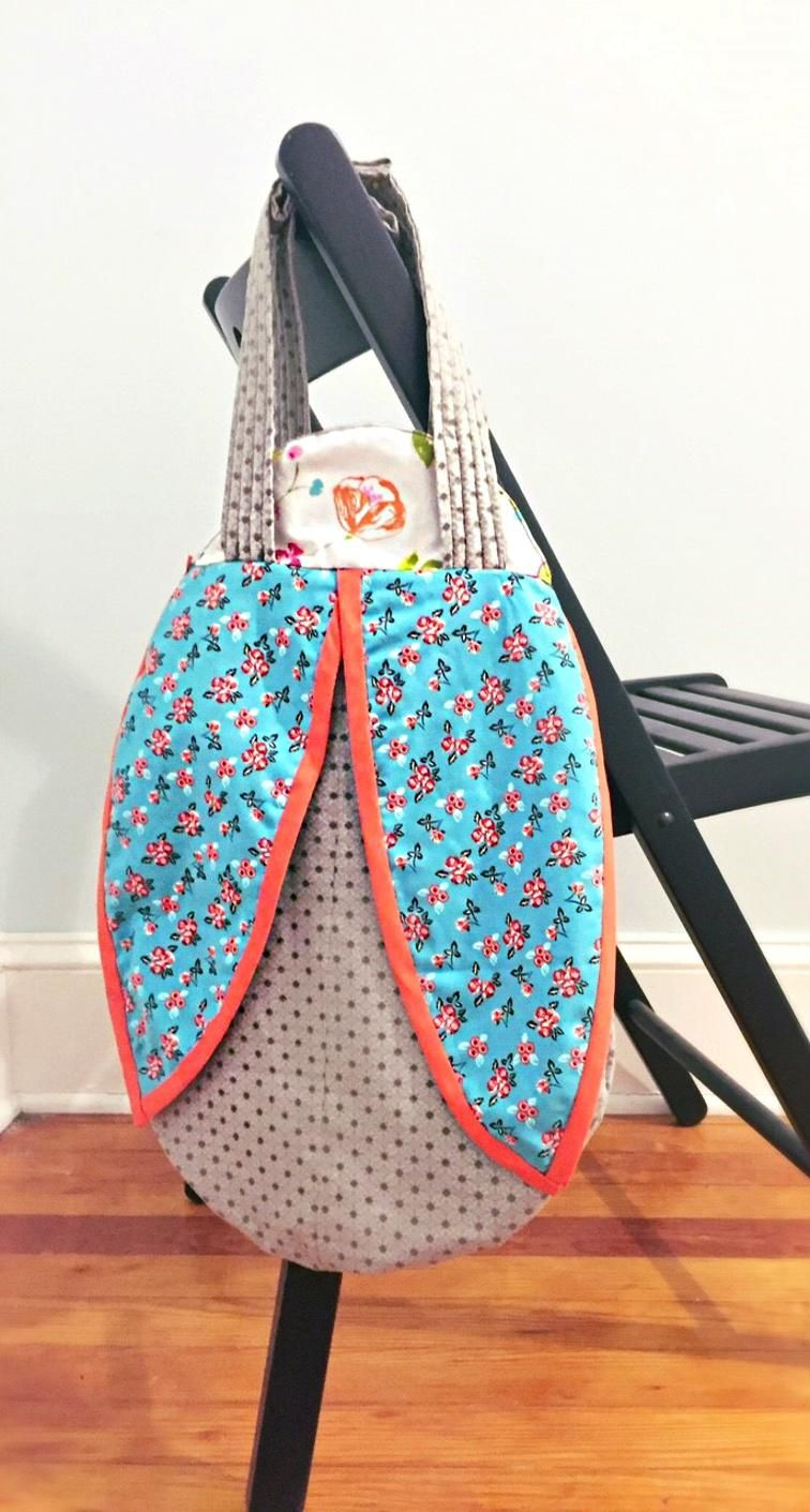Free ladybug tote bag pattern and template download craftsy free ladybug tote bag pattern and template download craftsy bankloansurffo Choice Image
