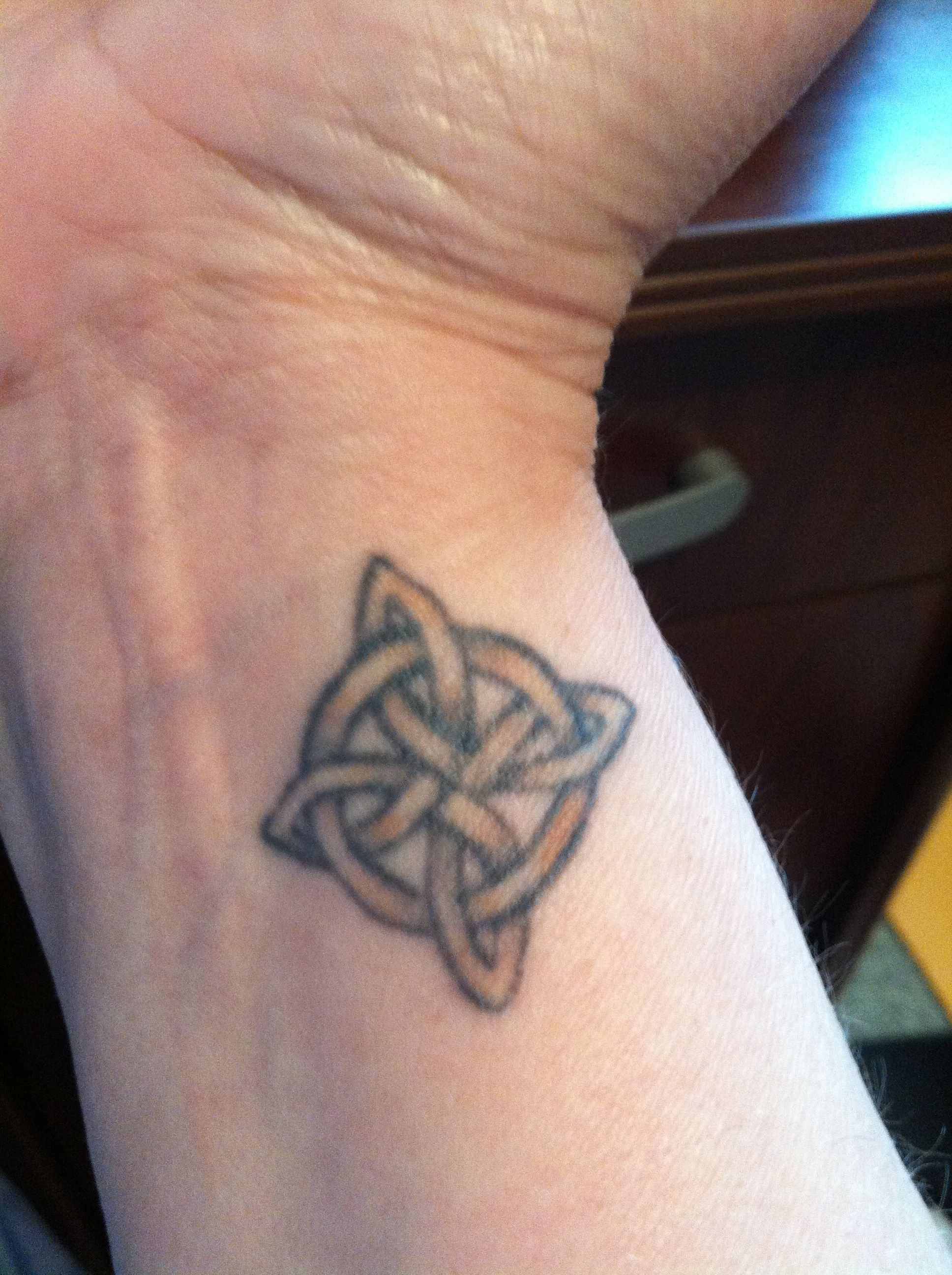 Wrist Tattoo 4 Pointed Celtic Knot Eternal Love Everlasting
