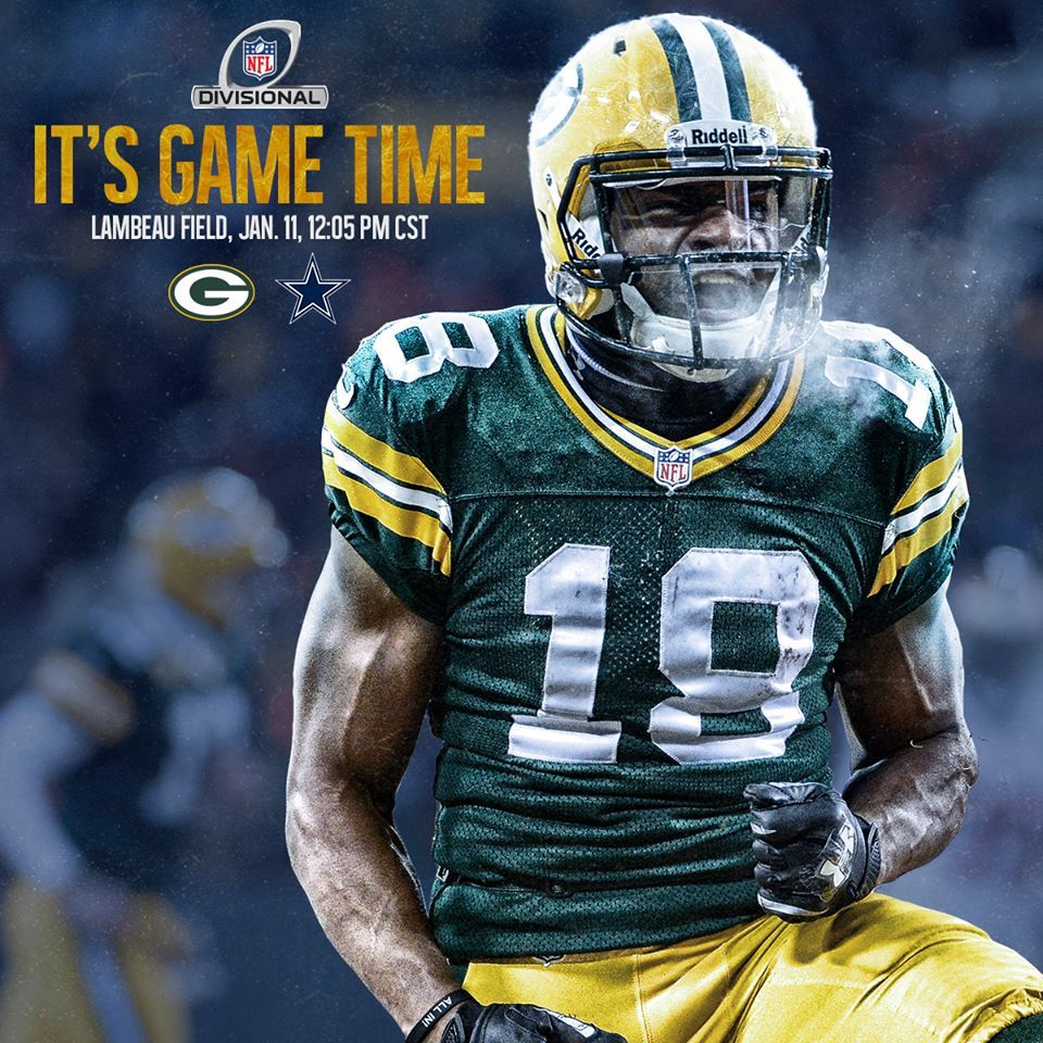 It S Time For Kickoff Nfl History Bears Packers Football Helmets