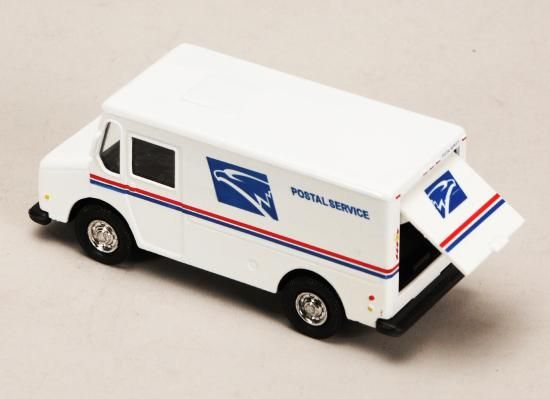 2X USPS Mail Truck (4 5