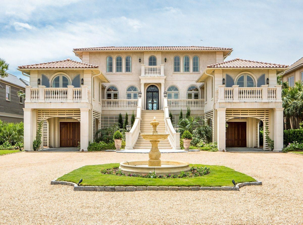 22 Fachadas de mansiones