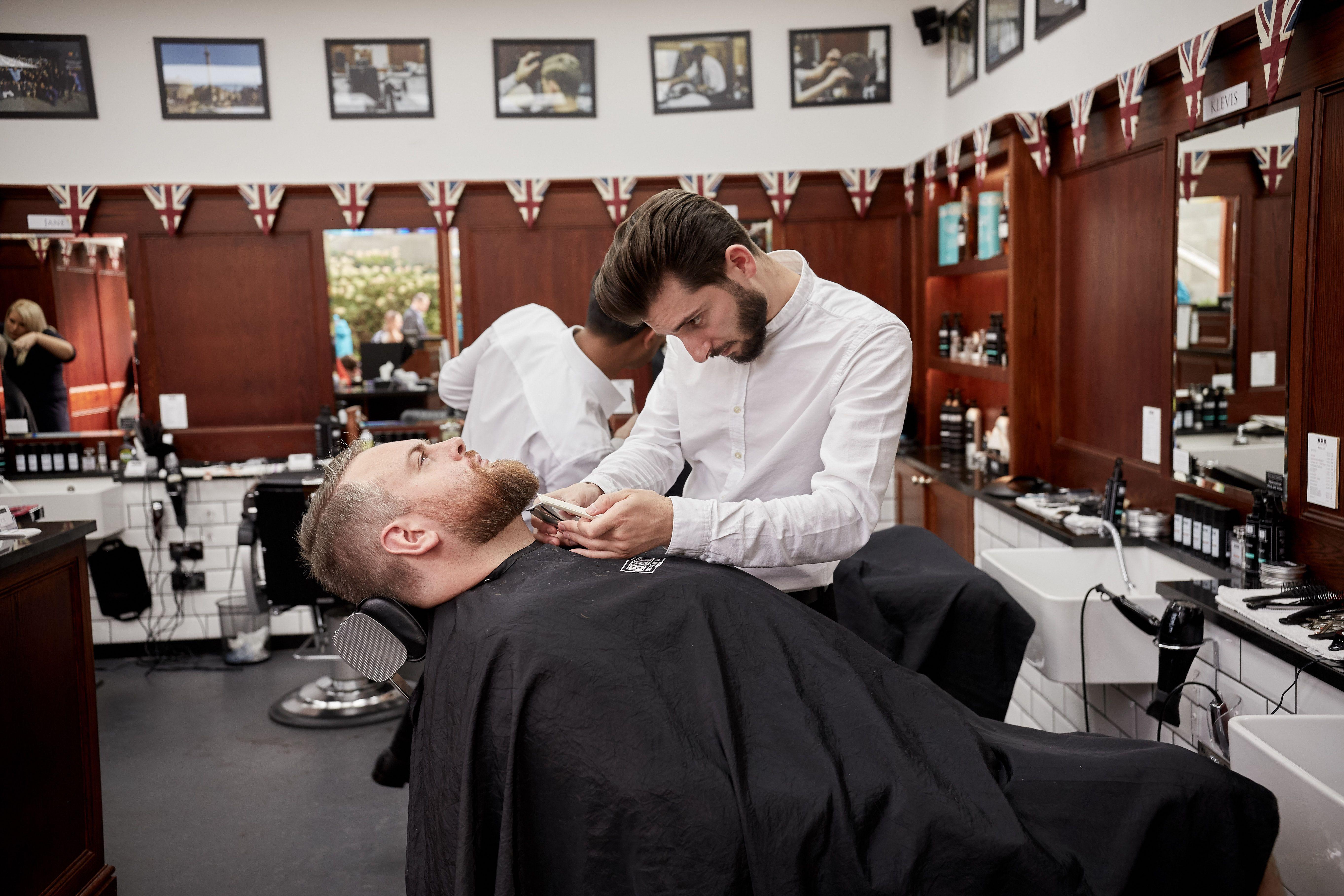 Nearby Barbers Open Nyc In 2020 Barber Near Me Best Barber Best Barber Shop