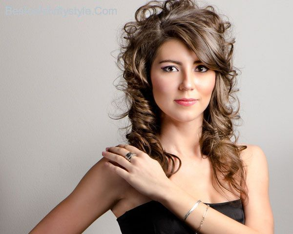 cool 26 Playful Hairstyles With Bangs And Layers