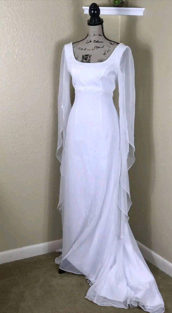 Beautiful White Renaissance Medieval Pagan Wedding Dress Dresses