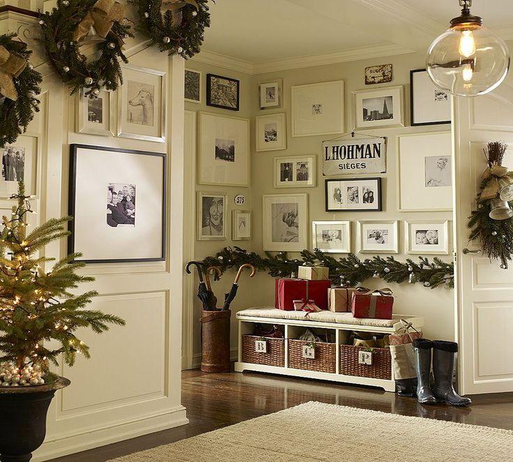 Marvelous Christmas Foyer Decorating Ideas Part - 11: Christmas Entryway Decorating Ideas