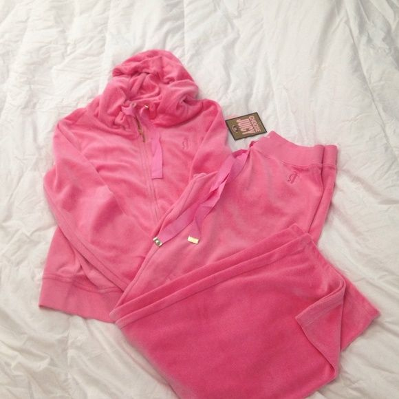 """*~*~*~*~Juicy Couture*~*~* NWT..... Color Oink Candy, size large. No Trades,No """"what's the lowest"""",Thank you!! The jacket has never been worn, but has no tags. Juicy Couture Tops Sweatshirts & Hoodies"""