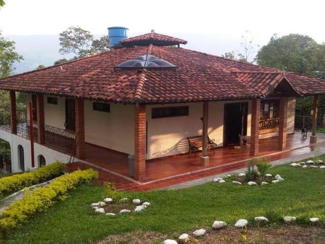 Fachadas de casas en colombia casas on pinterest casa for Fachadas de casas de campo