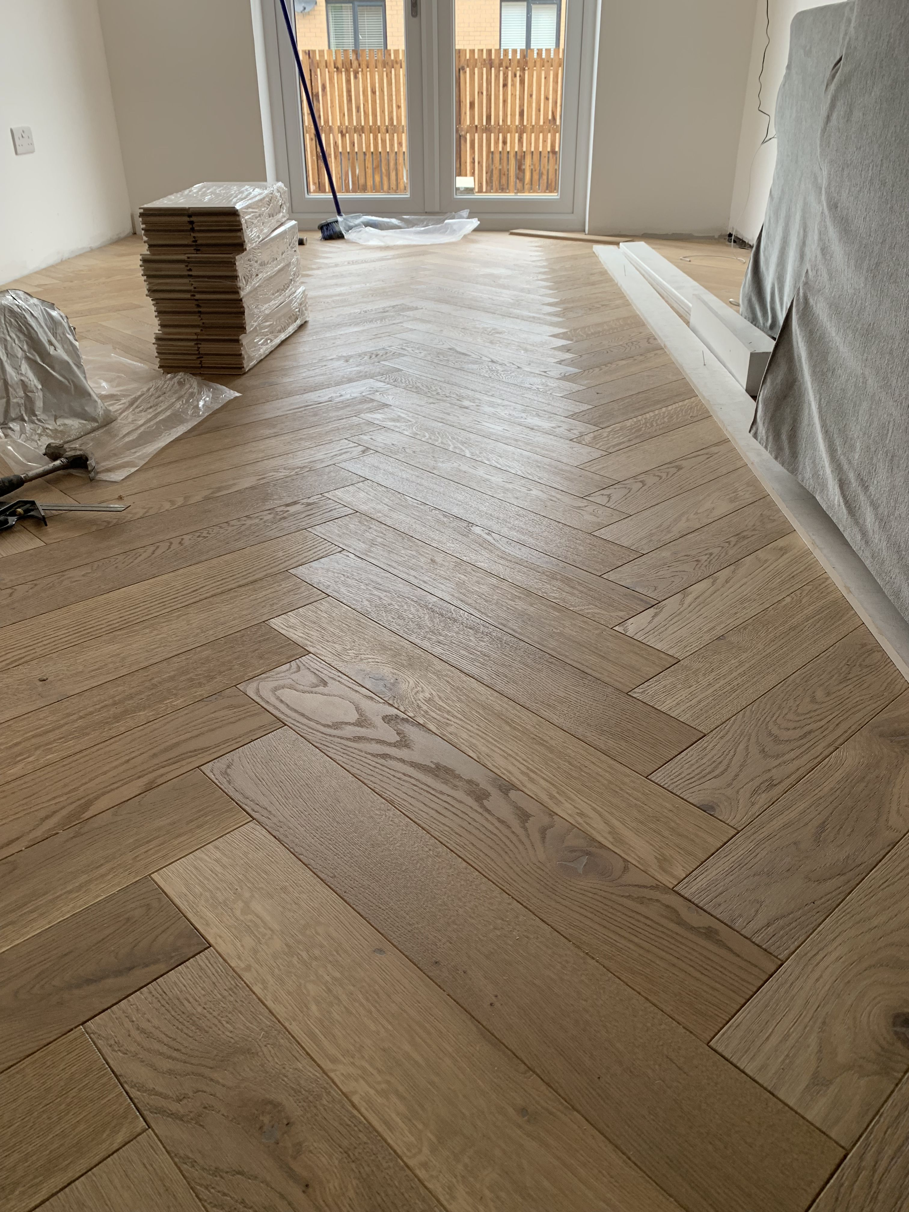 Dark Oak Engineered Parquet Flooring In 2020 Flooring Engineered Parquet Parquet Flooring