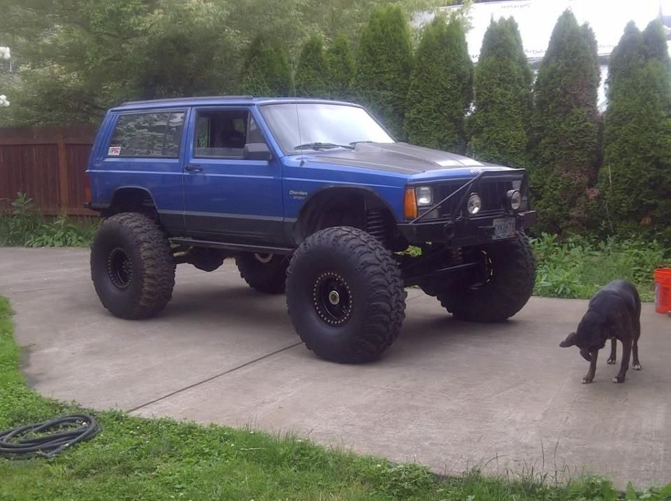 The Hood Vent Actually Looks Cool Jeep Cherokee Xj Jeep