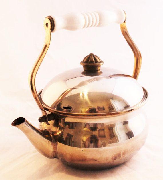 LOVE!!! Retro Vintage Tea Pot Kettle on Etsy, $24.99