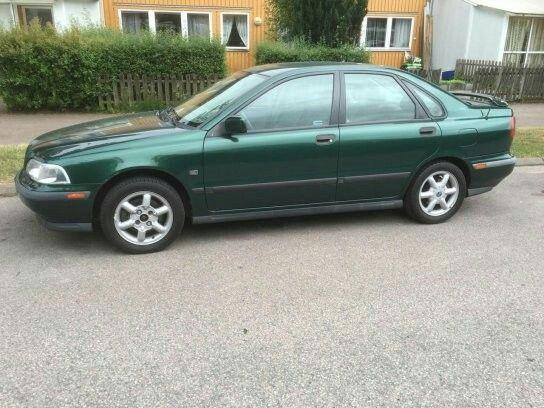 VolvoS40 / 1998