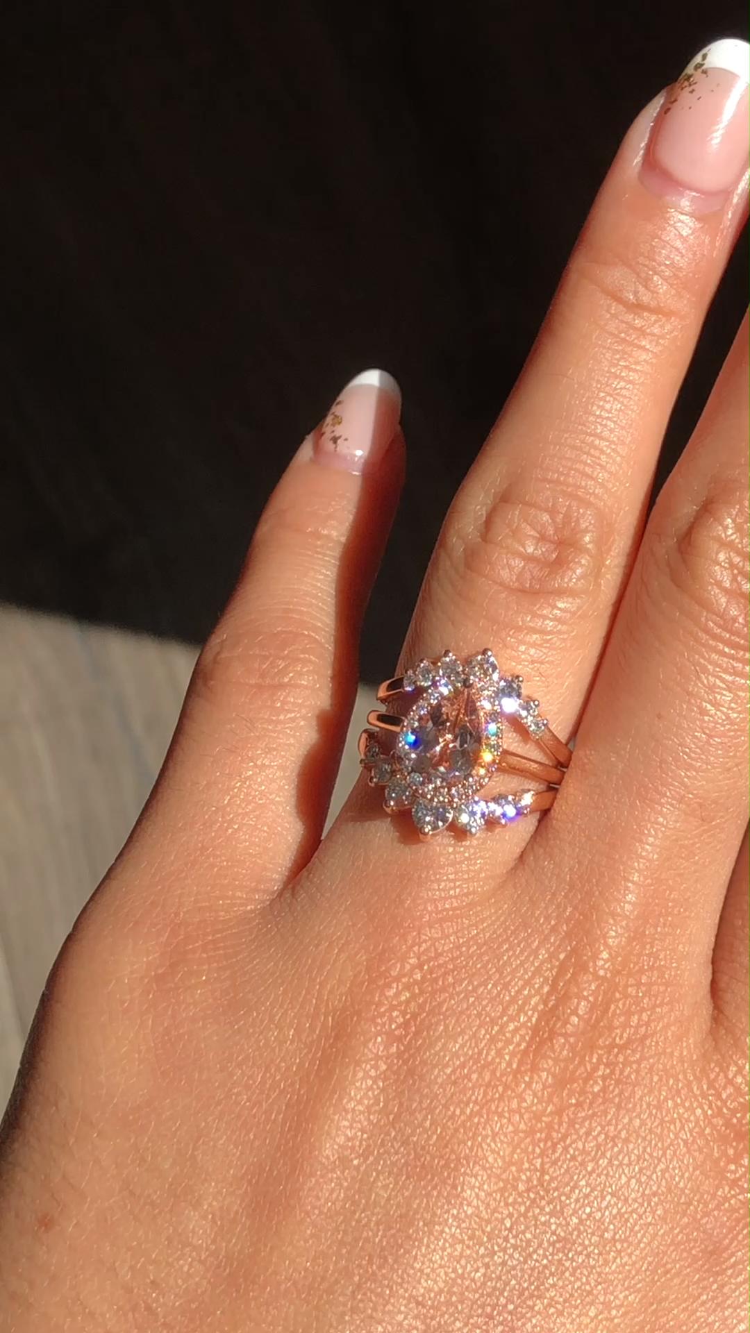 Luna Halo Morganite Bridal Ring Set by La More Des